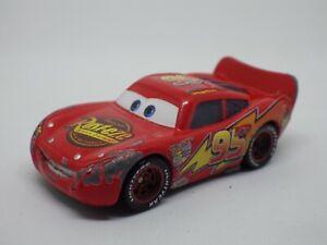 FIGURINE voiture 1:64 FLASH MCQUEEN CARS PIXAR métal plastique Toys