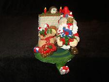 "GREAT VINTAGE MYSTERIOUS ELF SANTA MANTEL CHRISTMAS STOCKING HANGER / HOLDER 5"""
