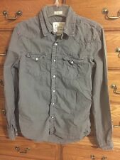 AE American Eagle Vintage Fit LS Gray Pearl Snap Mens Small