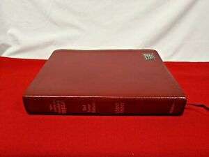 Clean! 1977 NASB Giant Print (15 pt.) Bible Burgundy Bonded Leather RL Ed!  VG!