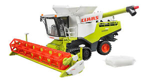BRU2119 - CLAAS Lexion 780 Terra Trac On Caterpillars With Trailer Of Transport