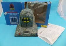 Adventures of Batman and Robin Voice Action Clock Bat Cave 1997 Working & Box