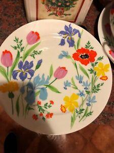Heinrich Porcelain Flower Collection porcelain plates And Serving Bowl, 10pcs