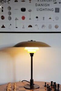Poul Henningsen PH 3.5/2 table lamp. Louis Poulsen, 1940's