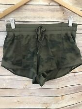 ❤NWOT Lululemon Hotty Hot Shorts Camo Savasana Fatigue Green 4 Xs Speed Yoga Run