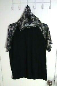 OT Revolution Men's Black Hooded Short Sleeve Casual Shirt - Size: M