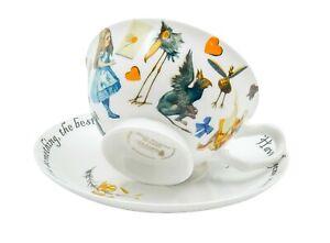 Alice In Wonderland Tea Cup and Saucer Set / Fine China / 210 ml (7 fl oz)