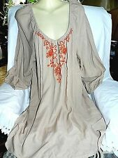 Lane Bryant 3/4in Sleeve Tunic/ Top Sz.22/24 or 2X.