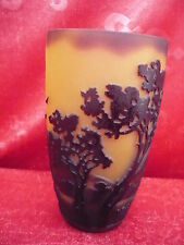fine decorative vase_Glass art_Mountains, Trees _La Rochere_