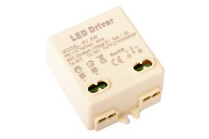 MICRO ALIMENTATORE TRASFORMATORE LED 5V 6W 5VOLT TENSIONE COSTANTE IN 220V B4C10