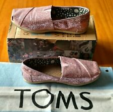 TOMS cute baby pink sparkle glitter shiny womens shoes. Size 5.5
