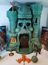 MATTEL Masters of the Universe Classics Castle Grayskull Super 7 w/Figures