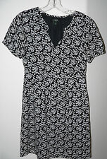 Women's J. CREW Size 2 S/S Black & White Bow Print Lined Polyester Career Dress