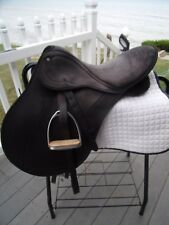 17'' BLACK WINTEC PRO ENGLISH saddle medium tree  w Leathers & irons 38cm
