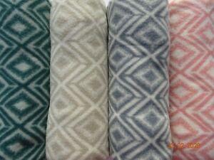 Fleece Throw/Blanket   New, Warm, Soft, Diamond Check Design in Four Colours