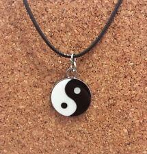 Silver Plated Black & White Yin Yang Pendant Choker Chocker Necklace Free Post