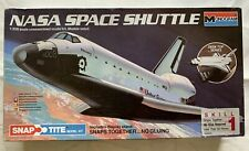 1/200 Monogram USA NASA Space Shuttle Discovery w/ Display Stand Snap-Tite BUILT
