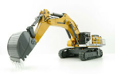 Universal Hobbies UH8120 Komatsu PC490-LC11 Tracked Hydraulic Excavator 1:50
