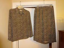 FIRST ISSUE A Liz Claiborne Co Ladies Size 10 Blouse & Wrap Skirt Black & Tan