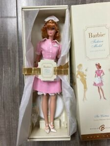 THE WAITRESS Barbie DOLL 2005 FASHION MODEL COLLECTION SILKSTONE J8763