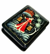 Beauty Russian Kholuy Style Hand Crafted Painted Keepsake Souvenir Lacquer Box