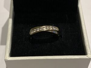 Stunning 9ct White Gold CZ Cross Over Half Eternity Ring Size N Ladies
