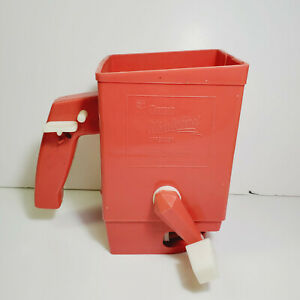 Ortho Whirly Bird Spreader Red