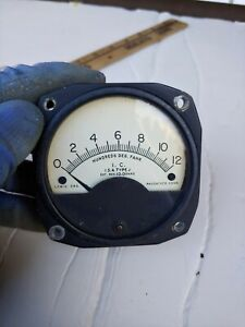 Vintage The Lewis Eng. Co Thermometer/ Thermocouple Indicator type j