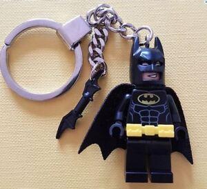 Batman Keychain Keyring with Bat-a-Rang  all Genuine LEGO Parts NEW