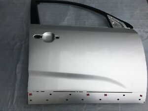 KIA SORENTO II OEM RIGHT FRONT SIDE DOOR SHELL SILVER 2009-2014