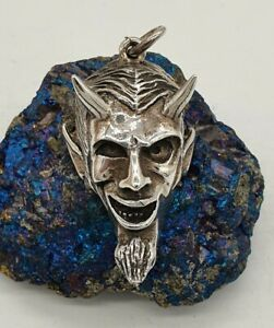 VINTAGE HUGE STERLING SILVER 925 DEVIL SATAN PENDANT BY THE WILDCAT COLLECTION.