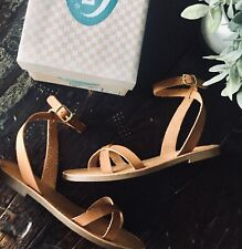 SODA OLIVIA Tan Ankle Wrap Flat Sandals Women's 7.5 NEW NIB
