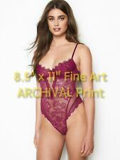 Model TAYLOR HILL in Sexy Lingerie ** HI-RES Pro ARCHIVAL PHOTO (8.5 x 11)