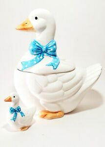 Vintage  Ceramic goose cookie jar Wit Blue PocodtAnd Mini Goose (made In Taiwan)