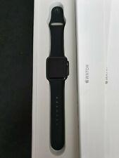 Apple Watch series 38mm gris sidéral bracelet silicone + 2 bracelets milanais