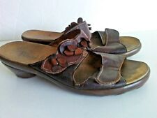 THINK Shoes Brown Leather Open Toe Leather Flower Trim Womens Size EUR 38