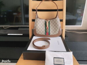 Authentic Gucci Beige GG Supreme Canvas Jackie 1961 Mini Hobo Bag