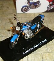 KAWASAKI MACH IV 1969  CLASSIC MOTORBIKE - 1:24 - BOXED WITH DISPLAY STAND