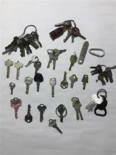 Vintage Lock Smith Car Truck Ignition Door Treasure Chest 50 Piece Key & Chain