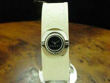 Gucci 112 Twirl Edelstahl Damenuhr inkl. Box & Papiere / Ref YA112520