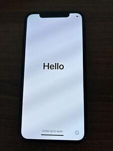 Apple iPhone XS - 256GB - Space Grey Unlocked A2097