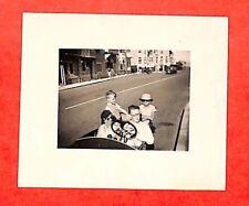 """LA BAULE TOUTE PETITE PHOTO """" BALLADE EN AUTO A PEDALE """" 1937"""