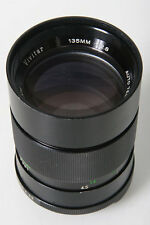 Vivitar 135mm, f/2.8. M42 Screw Mount - manual focus