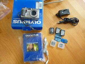 Olympus CAMEDIA C-7000 Zoom 7.1MP Digital Camera - w/ Extra Batteries & SD Cards