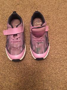 Girls Clarks Trainers Size 9.5G Gc Purple
