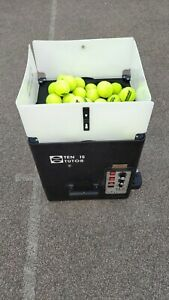 Tennis Tutor Plus - Tennis Ball Machine in Excellent condition
