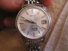 Vintage Seiko Seikomatic Diashock 26 Jewels Day Date 6206-8040
