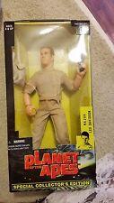 Hasbro Planet of the Apes Major Leo Davidson,  Attar & RARE DAENA Figures set/3