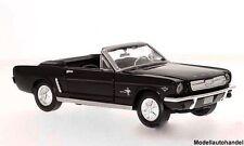 Ford Mustang Convertible 1964 - schwarz - 1:24 MotorMax