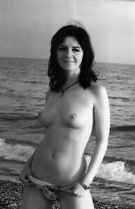 35mm B/W Negative Risque Sexy Art Pinup Glamour Model RL90